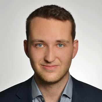 Luca Schmitz • Niedling & Partner