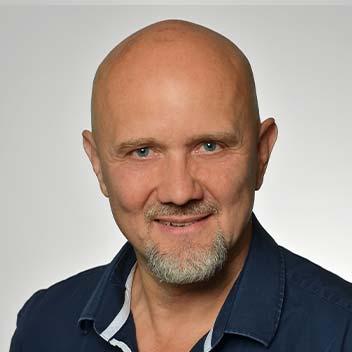 Mirko Ebert • Niedling & Partner